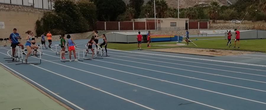 Fin de semana en convivencia con los atletas del Vélez-Clínica Rincón